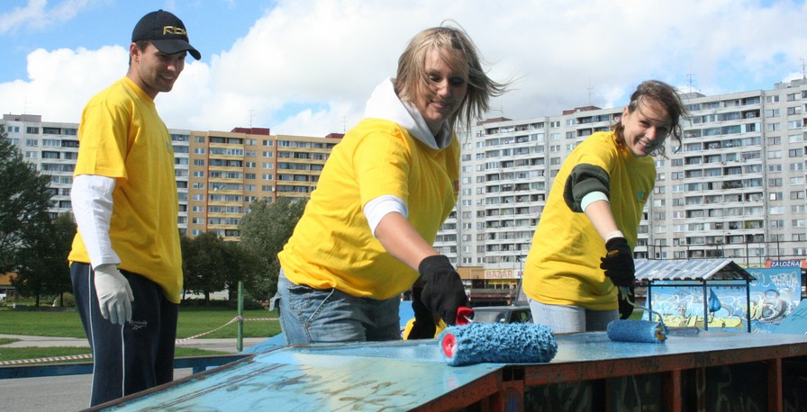During the event Our Bratislava 2007 also a local skate park was painted