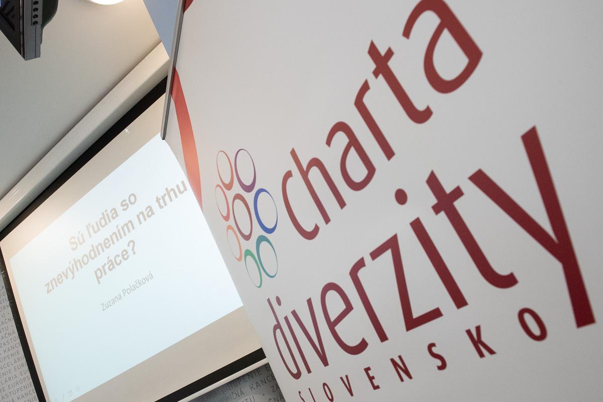 002-2018-podpis-charty-diverzity-29nov2018-fb.jpg
